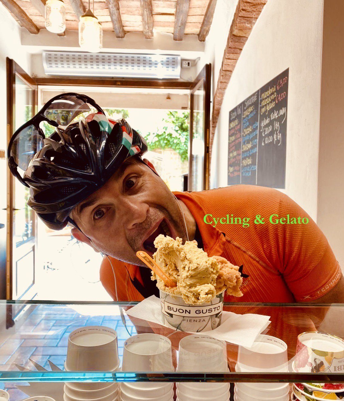 gelato-bike-riding-tuscany day bike trip Pienza