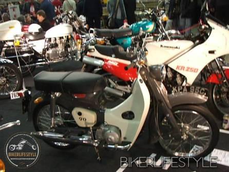 motorcycle-mechanic004
