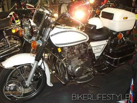motorcycle-mechanic008