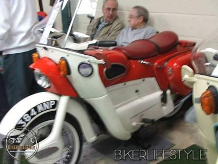motorcycle-mechanic015