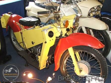 motorcycle-mechanic022