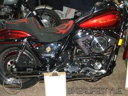 motorcycle-mechanic065