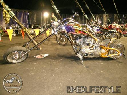 bulldogbash220