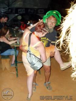 El-mick wrestling woman