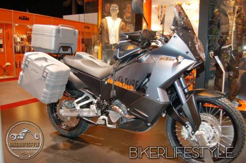 NEC-motorcyle-show102