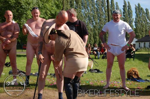 perverts-in-leather-160