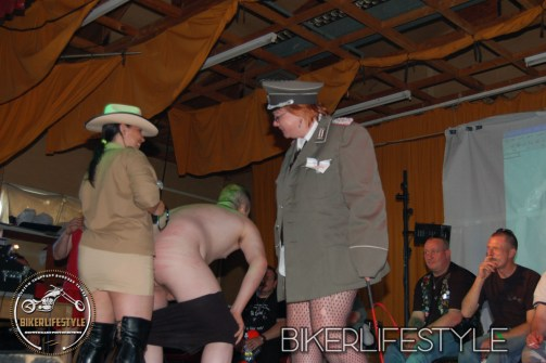 perverts-in-leather-225