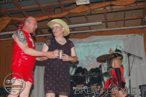 perverts-in-leather-352