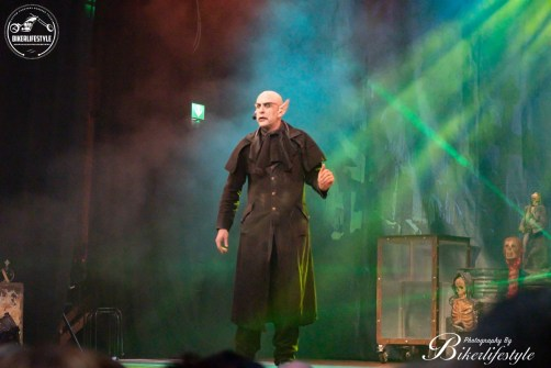circus-of-horrors-063