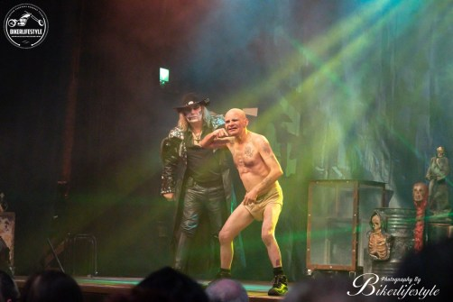 circus-of-horrors-072