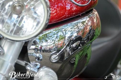 biker-reflections-056