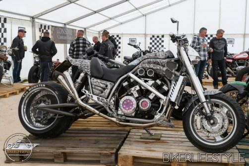 twisted-iron-056