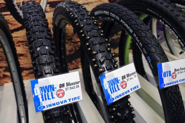 Innova monster dh studded tires (1)