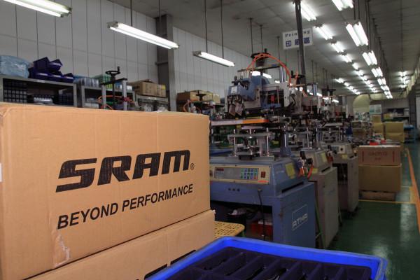 SRAM Taiwan Factory Tours Suspension Shifters Derialleurs Carbon production082