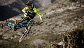 Cam Zink Teases Prototype Yt Industries Carbon Slopestyle Bike