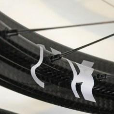 Corys-Wish-List_AX-Lightness_Enduro-E-27-5C_carbon-fiber-mountain-bike-wheelset_t-beam-rim-detail