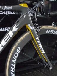 Flanders-Tech_RVV_Trek-Domane-SLR_version-2-preproduction-prototype_IsoSpeed-decoupler-endurance-road-race-bike_Fabian-Cancellara_special-edition_Trek-Segafredo_flexible-upper-headset-cup