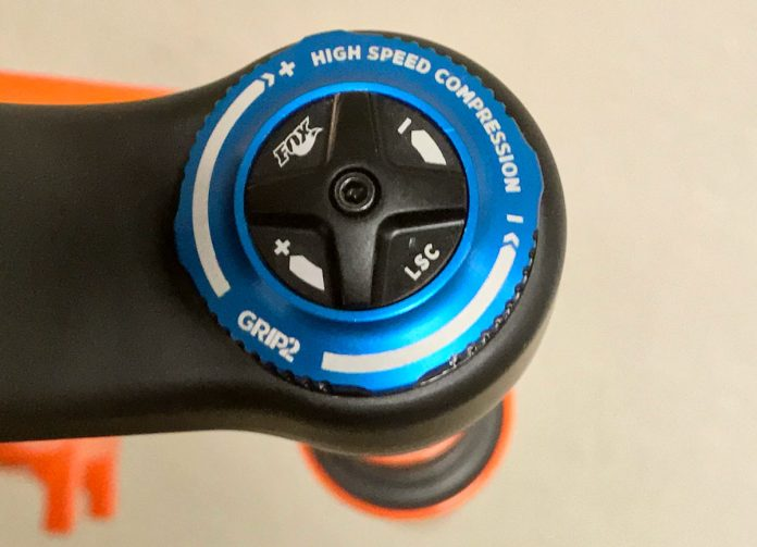 fox grip2 dual compression knob controls high and low speed compression damping