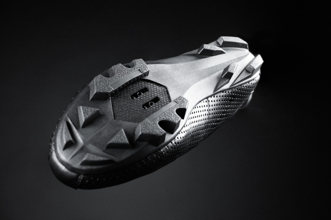 Streamline your footwear w/ cycling shoe that combines real leather & classic looks