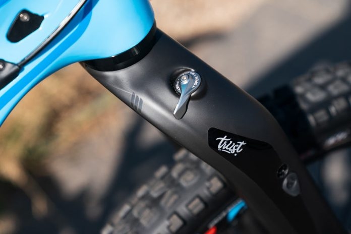 The Message linkage front suspension fork by Trust Performance