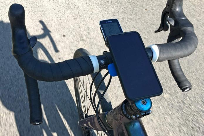 Quad Lock iPhone X case & Bike Mount kit on the bike
