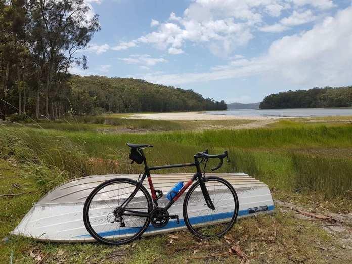 bikerumor pic of the day cycling smiths lake australia.