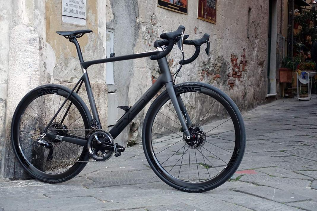 Exept Factory Headquarters tour shows how they make custom monocoque carbon fiber road bikes with custom geometry