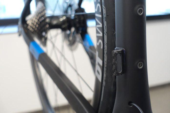 how Exept custom carbon monocoque road bikes are made