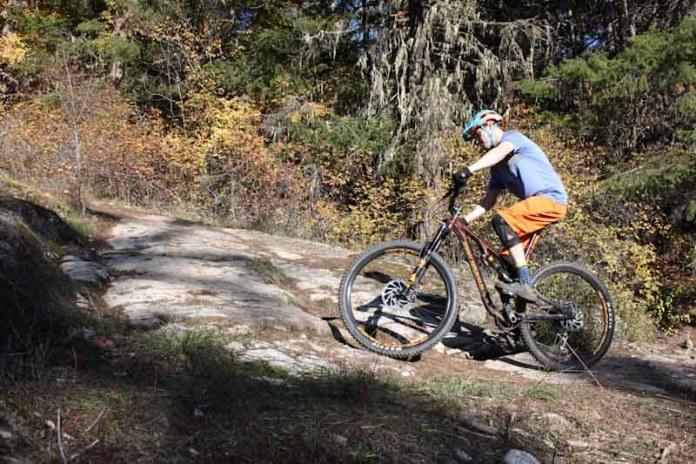 Rocky Mountain Instinct BC Edition 2019, Steve Fisher climbing