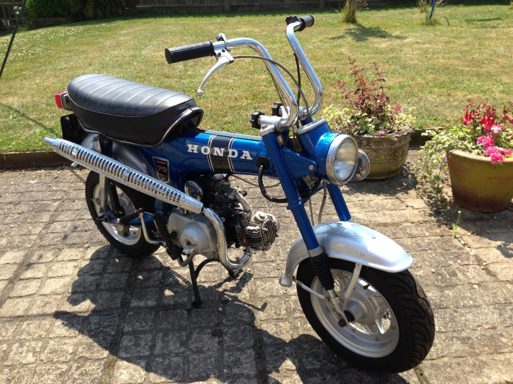 medium resolution of honda st70 monkey bike 1974