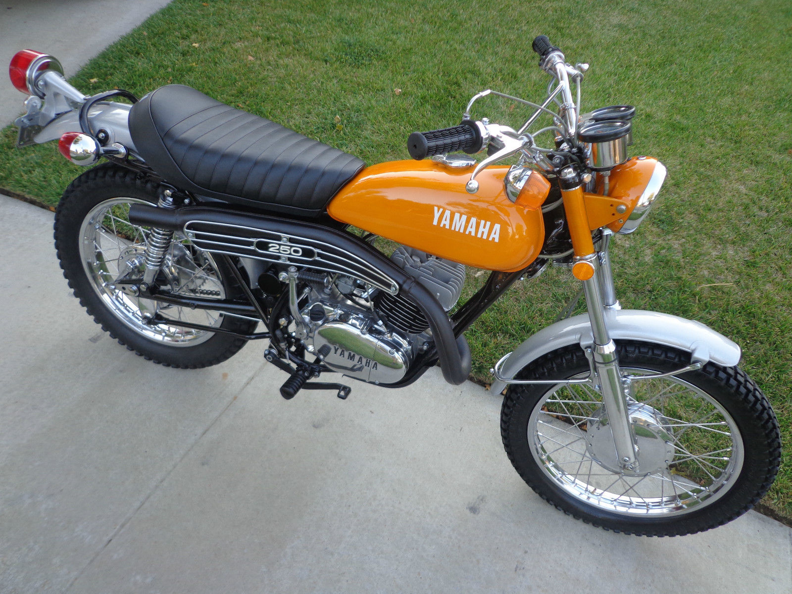 Honda Gl1200 Motorcycle Wiring Diagrams Auto Electrical Diagram 1984 Accord 1973 Yamaha 175 Custom