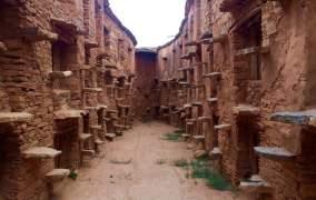 """المخازن الجماعية أو """"إكودار"""".. تحف من صميم الهندسة المعمارية الأمازيغية تسعى لاكتساب قيمة اعتبارية عالمية"""