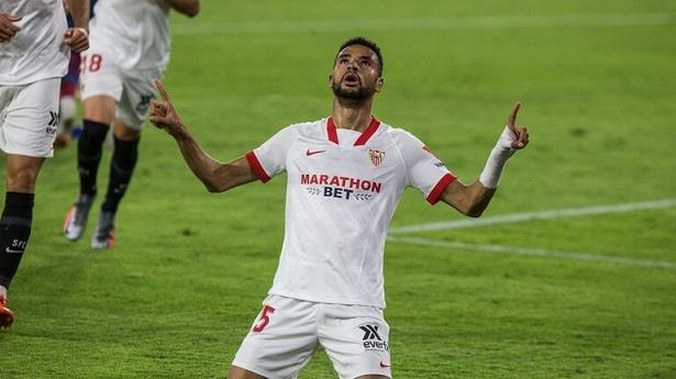 الدوري الإسباني لكرة القدم.. هدف المغربي النصيري يبقي إشبيلية في سباق الصراع على اللقب