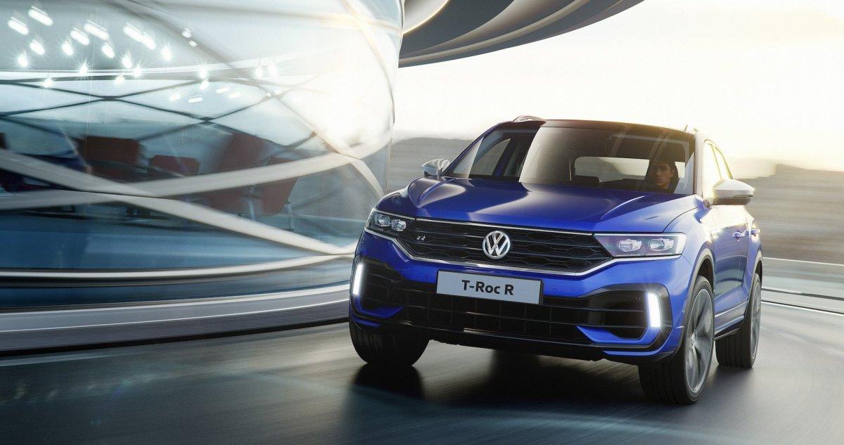 Volkswagen_T-Roc_R_1