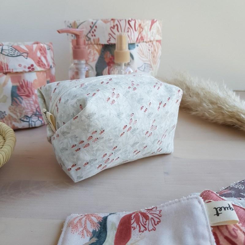 trousse toilette petite cadeau femme accessoire made france fabrication createur lingette coton lavable
