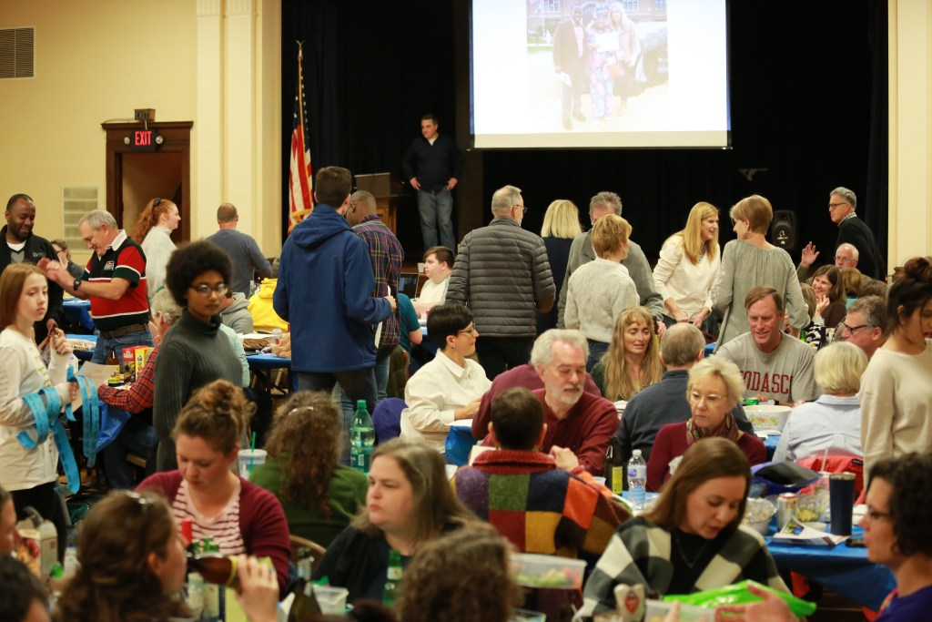 Experts Agree: 3rd Annual Bilingual International Trivia Night Is Best Yet