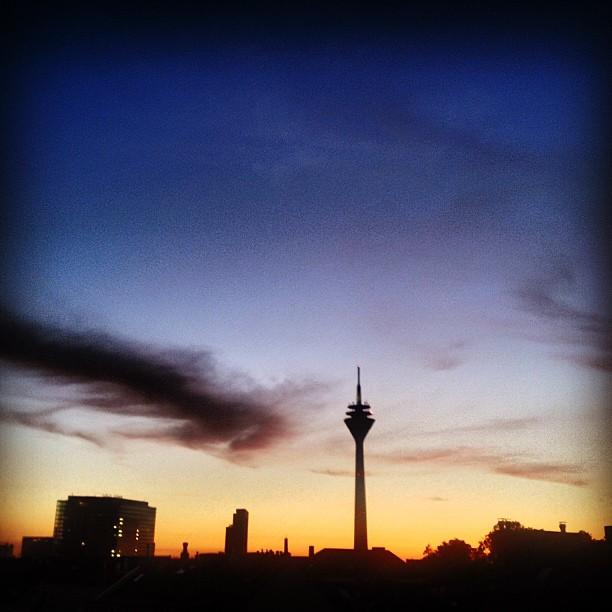 Fehlfarben Abendhimmel.