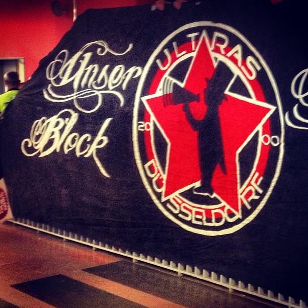 Unser Block – unsere Regeln :-) #42er #fortuna