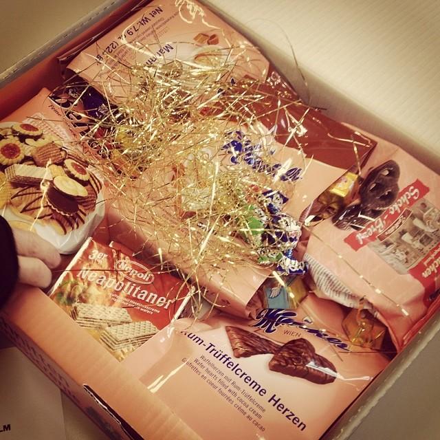 Unglaublich, wir haben die erste Weihnachtspost in diesem Jahr bekommen ;-)