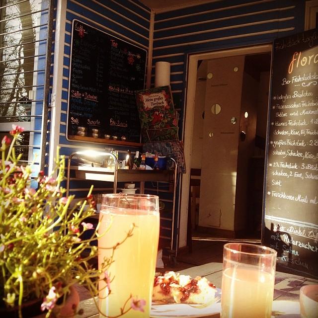 Endlich wieder Kaffeeklatsch in der Florabar :-)