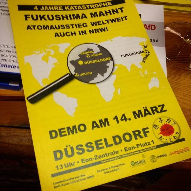 Atomausstieg jetzt! AntiAtomdemo in Düsseldorf am Jahrestag von Fukushima.