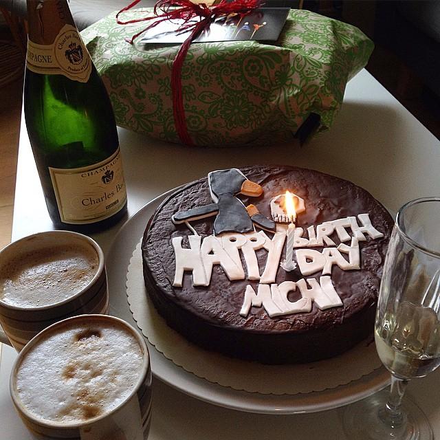 'Maulwurfn' Geburtstagskuchen und dazu prickelnde Kaltgetränke…