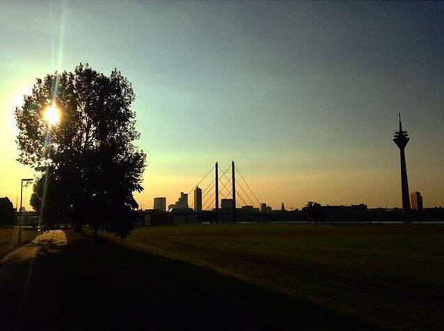 Guten Morgen Düsseldorf :-) kommt alle gut in die neue Woche.