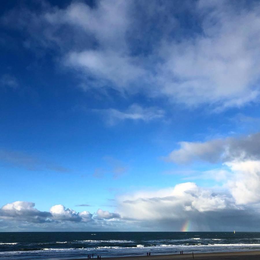Himmel und Meer.
