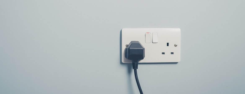 Steckdose in England  Schottland Strom Adapter  Co