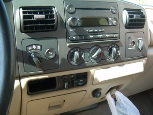 Installing Upfitter Switches  Ford 20052007 Superduty