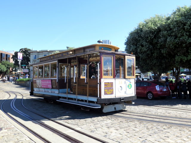 Oh look, a cable car! San Francisco, United States, North America.
