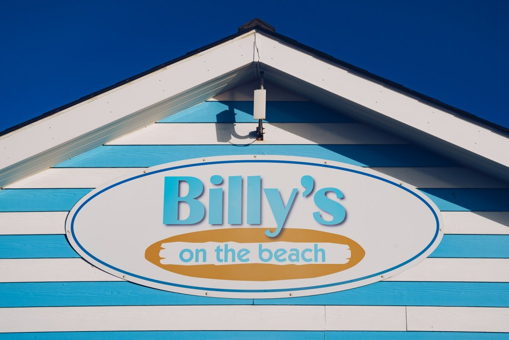 Billy's On The Beach Signage