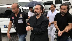 Adnan Oktar: Cinsel istismar iddiaları şehir masalı