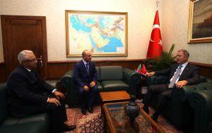 Akar, Nahçivan Ordu Komutanı Mustafayev ile Azerbaycan Savunma Bakan Yardımcısı Tahirov'u kabul etti